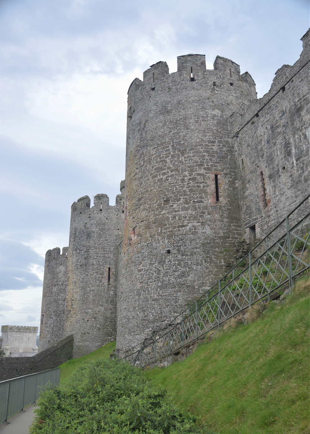 Conwy Castle towers over 30 ft in diameter; 15 feet thick walls; 70 feet tall