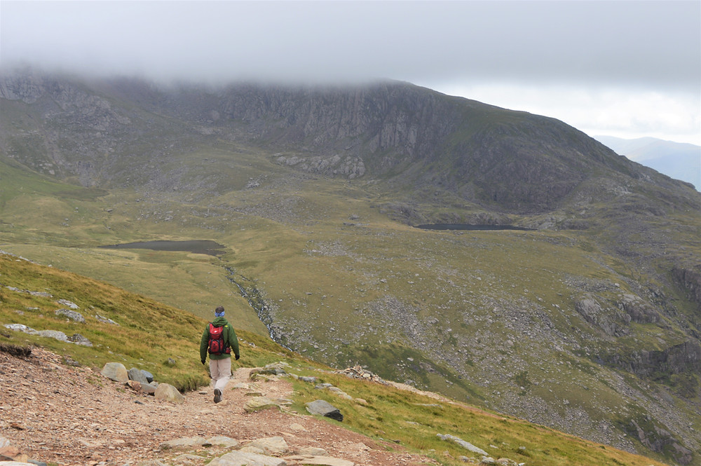 Behind the clouds was Llechog ridge and Cwm Clogwyn with its three small lakes – Llyn Glas, Llyn Coch and Llyn Nadroedd on the Snowdon Ranger Path