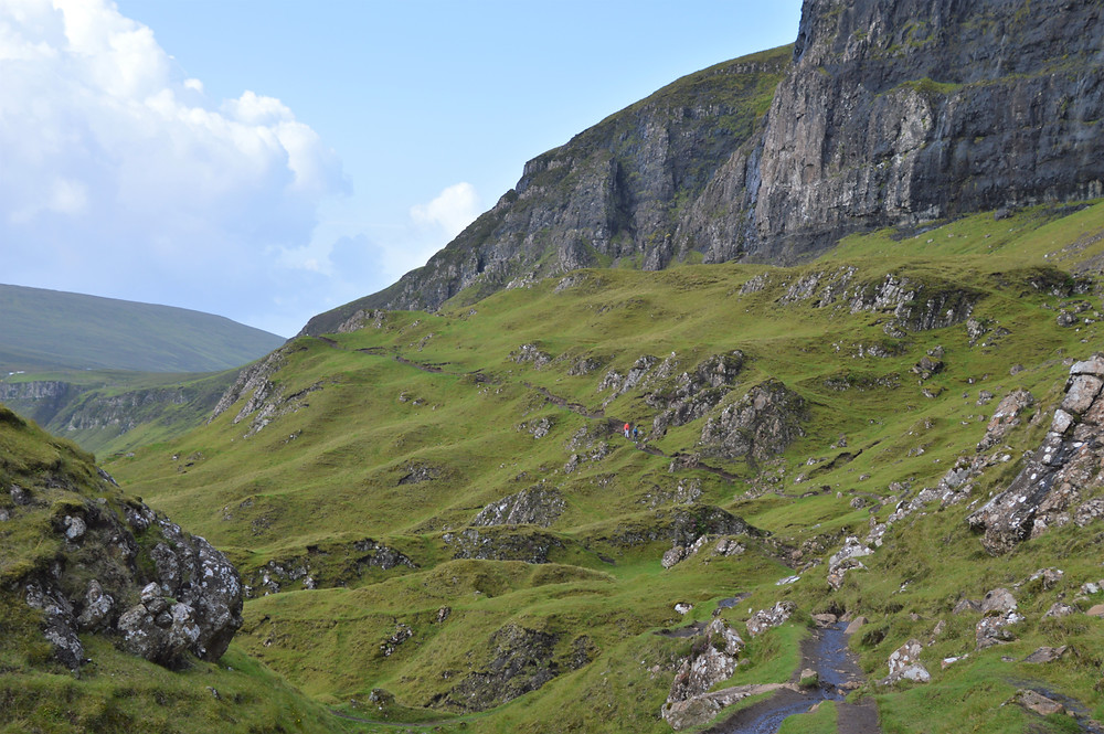 The view of the Meall na Suiramach's cliffs from the hill at the top of the Prison hill.