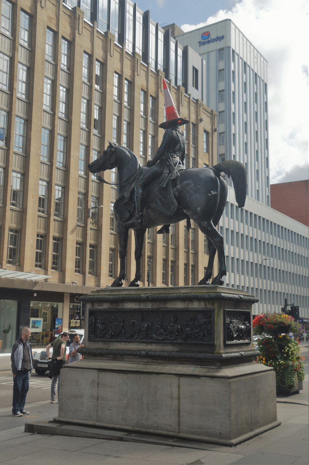 The famous Duke of Wellington statue with a traffic cone on his head