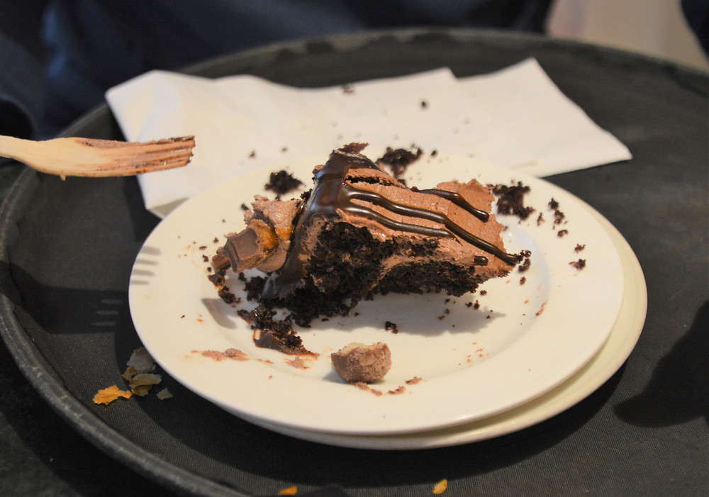Huffkins chocolate cake in Burford of the Cotswolds