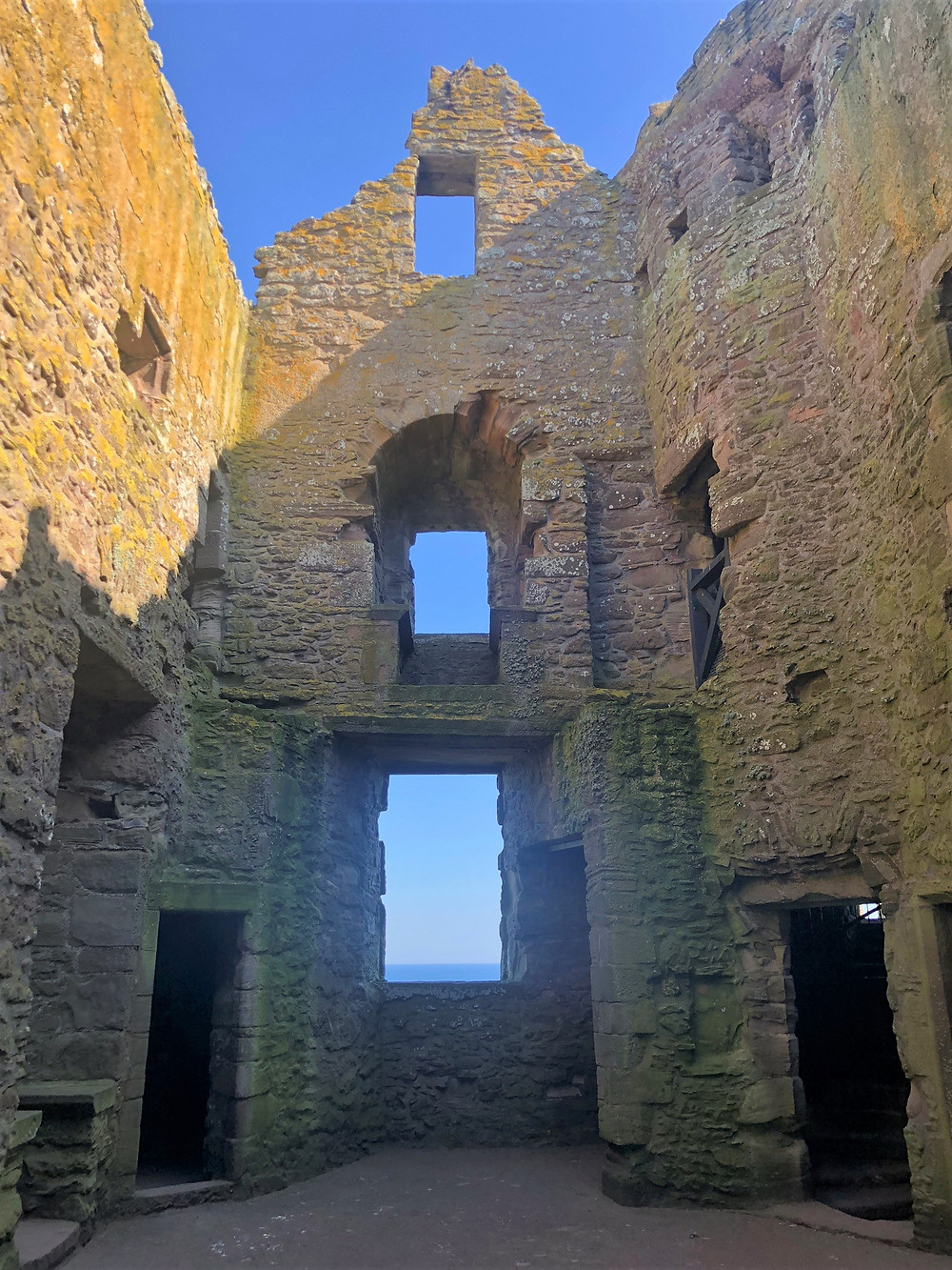 The Dunnottar Castel Keep contained a great halls and private living space on the second floor