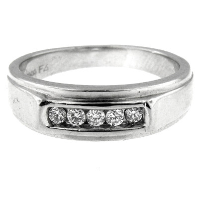 Platinum Diamond Mens Wedding Band This Beautiful One Of A Kind Piece Contains Five Round Shape Natural Diamonds In The Center With Total Weight 0 40