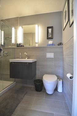 Teen bedroom bathroom