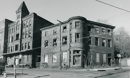 Brewery complex prior to its restoration in the late 1980s