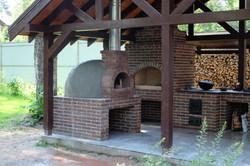 Помпейская печь в беседке