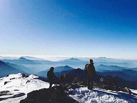 Climbing the Kedarkantha Peak!