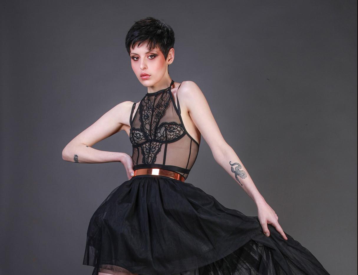Antonia/ Model