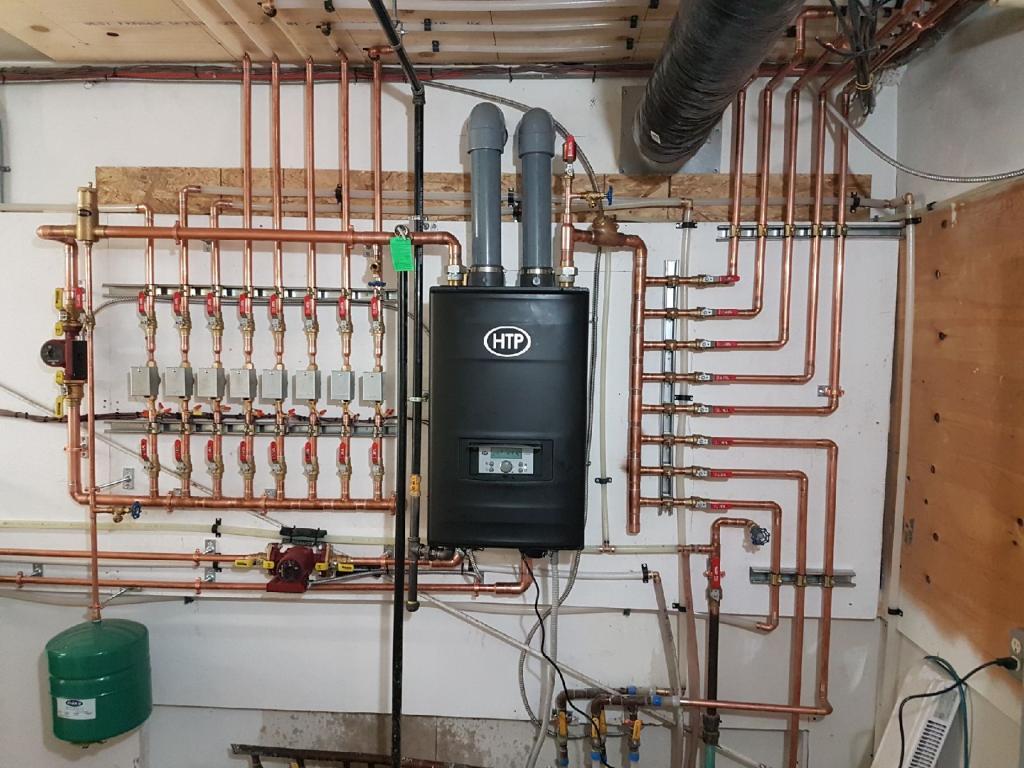 Plumbing division in floor heating