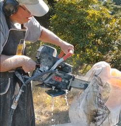 Cutting the sculpture
