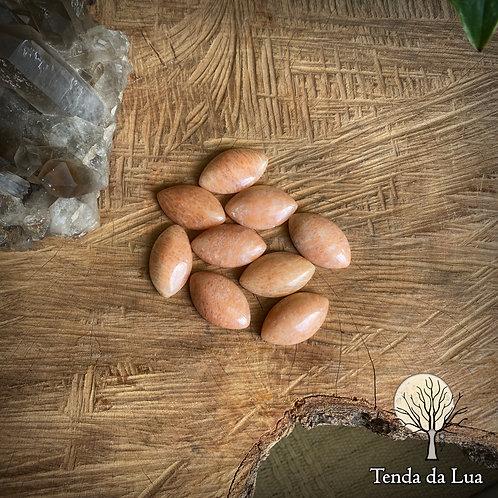 Feldspato Laranja Navete - 2,7cm x 1,6cm