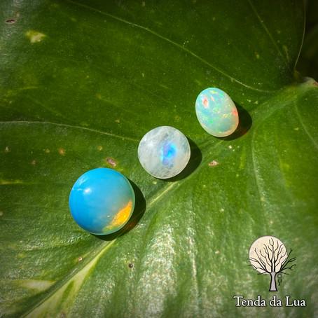 Diferenças entre Pedra da Lua, Opala e Opalina