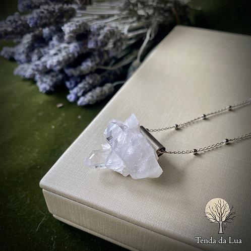 Colar Amuleto com Drusa de Cristal