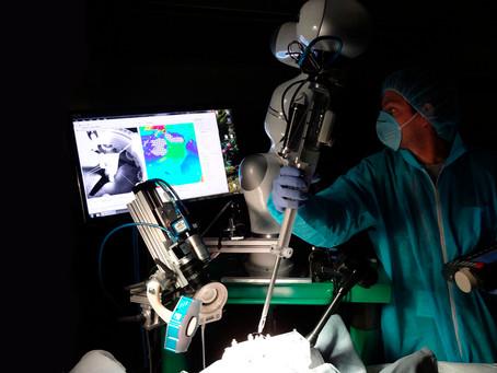 Изобретен робот-хирург STAR, который превзошел человека в точности при проведении операций
