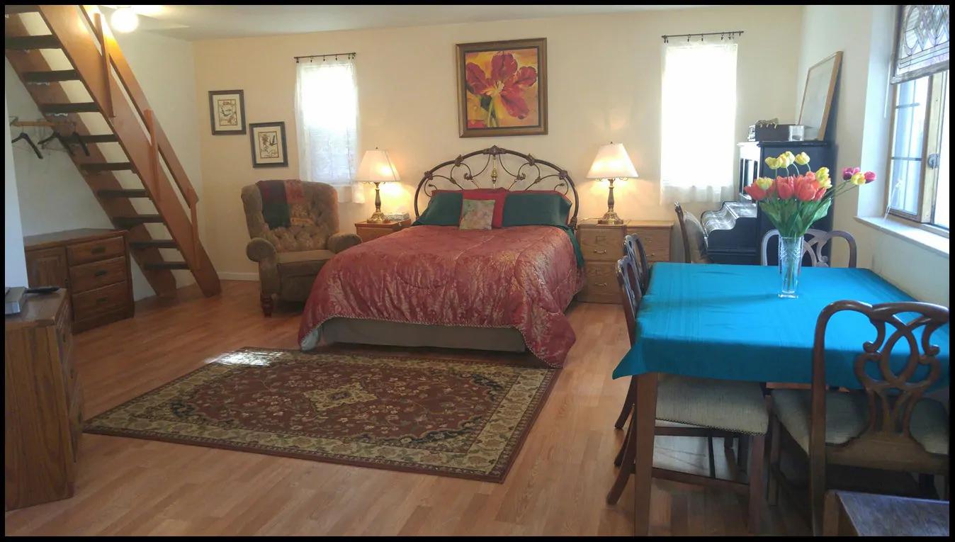 Cottage main level
