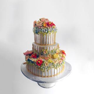 Siver wedding cake.jpg