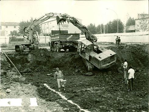 escavatore coop.jpg