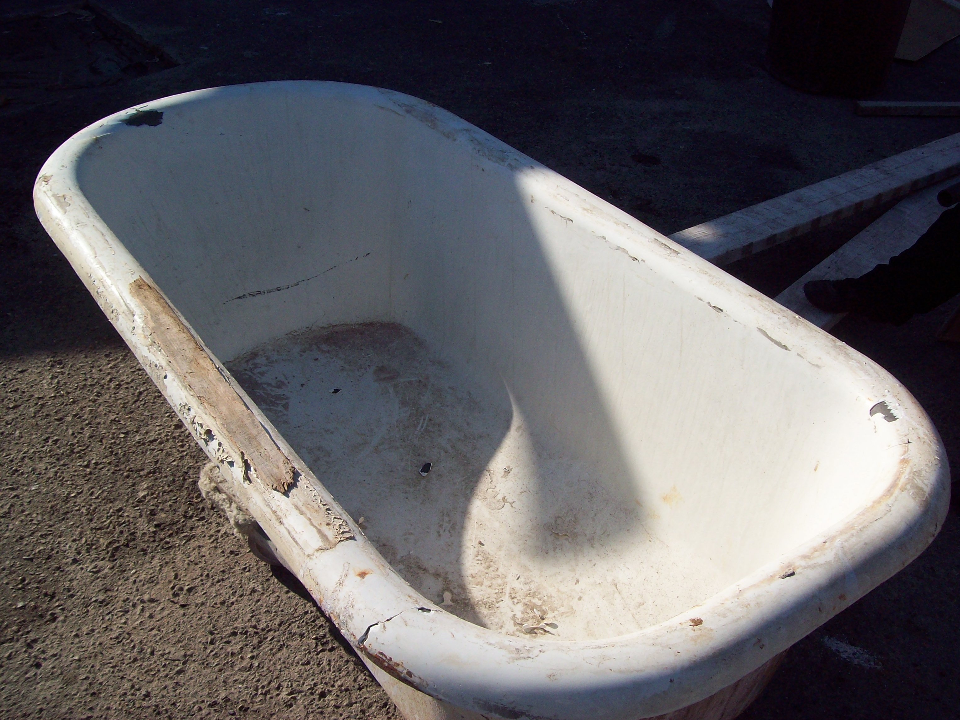 Standing Tub Before
