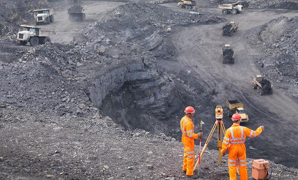 Bergleute arbeiten
