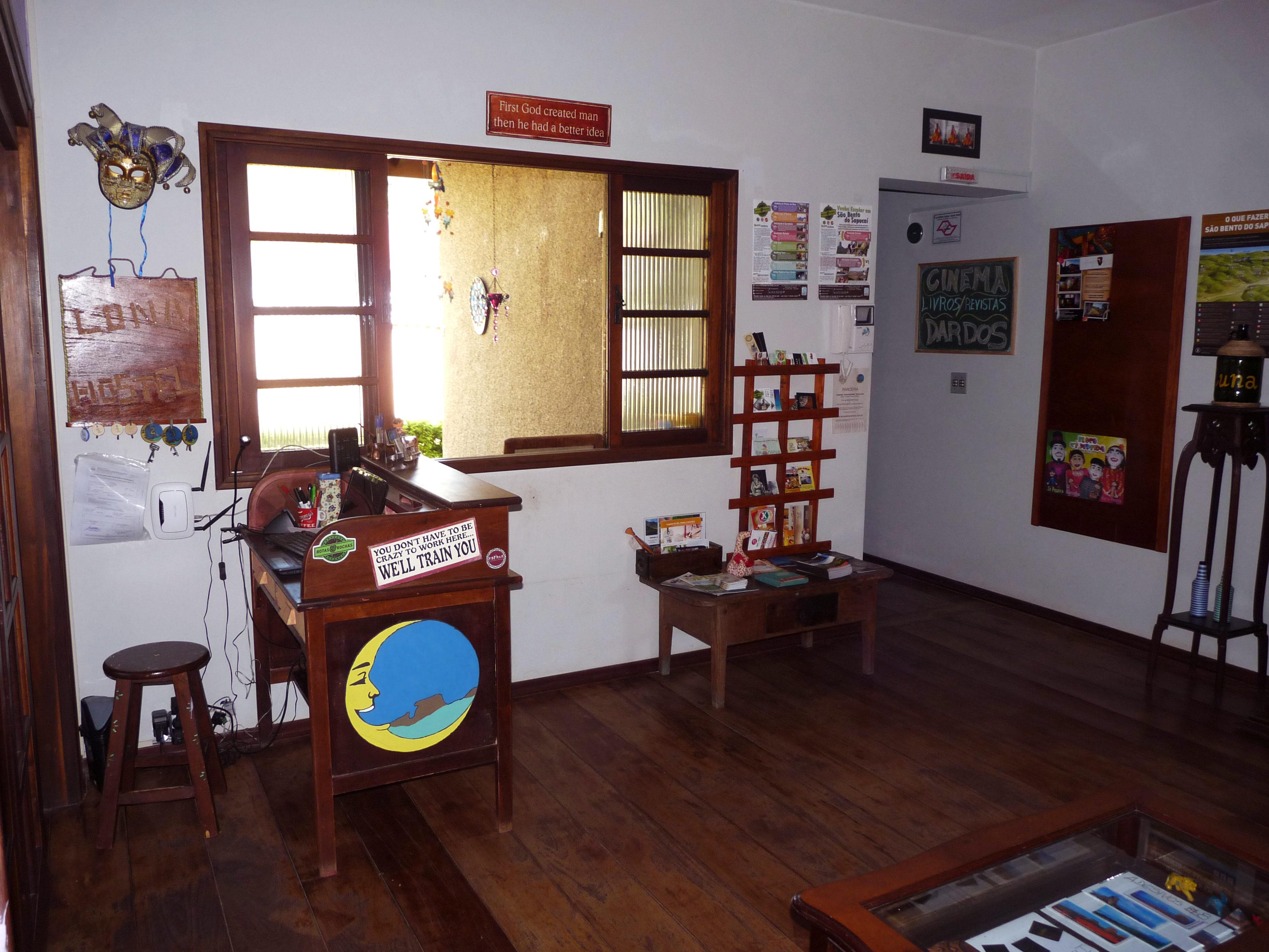 Luna Hostel - Sala_recepção