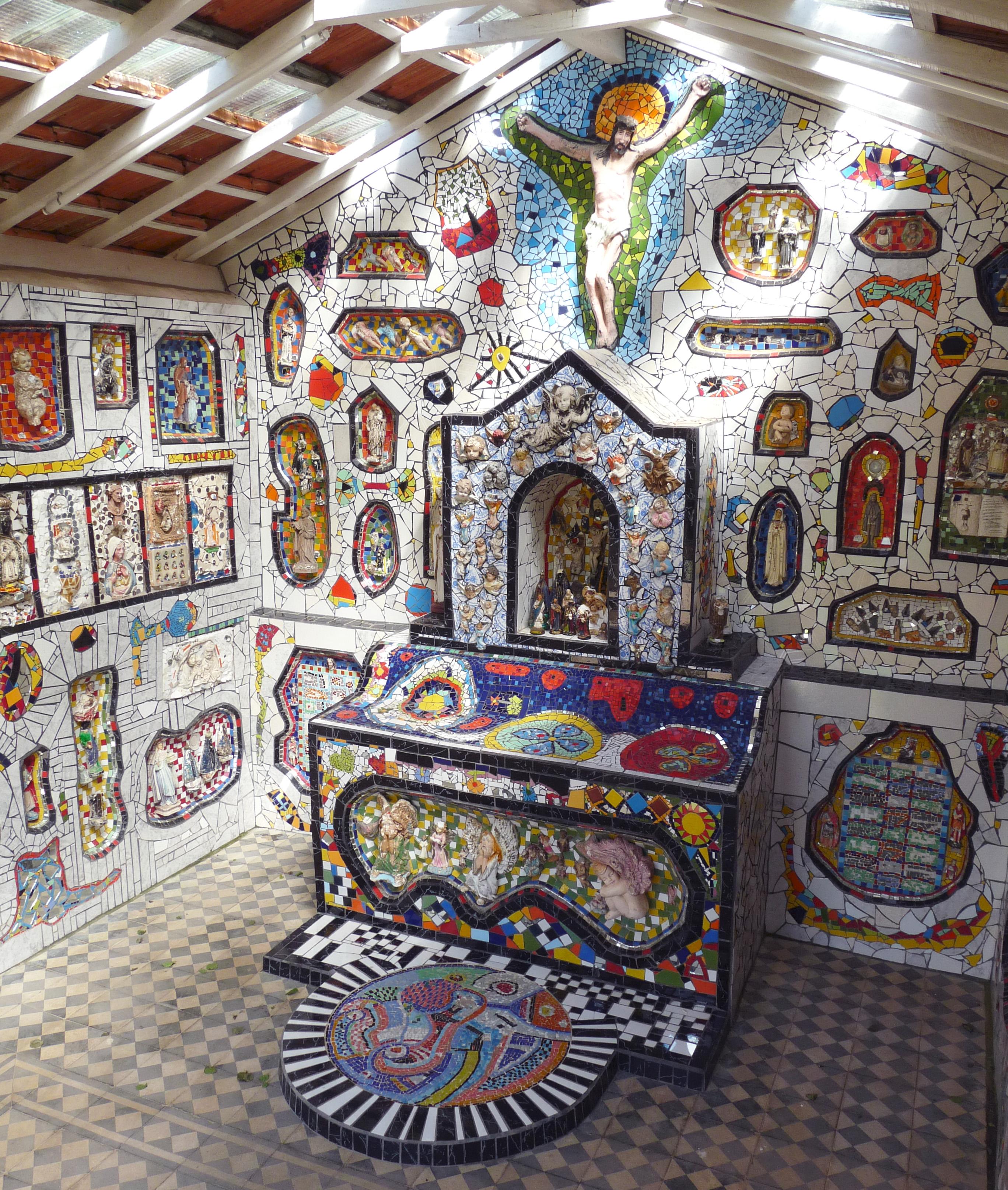 São Bento do Sapucaí - Capelinha de mosaico