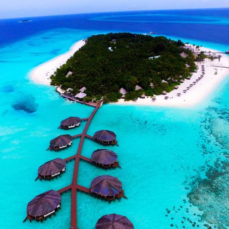El mejor viaje a Maldivas, solo o con Japón, ambos únicos para parejas