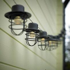 Sort lanternelyskæde