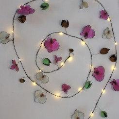 Orkide lyskæde, håndlavet metal