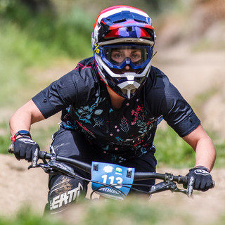 louise-kelly-nz-mtb.jpg