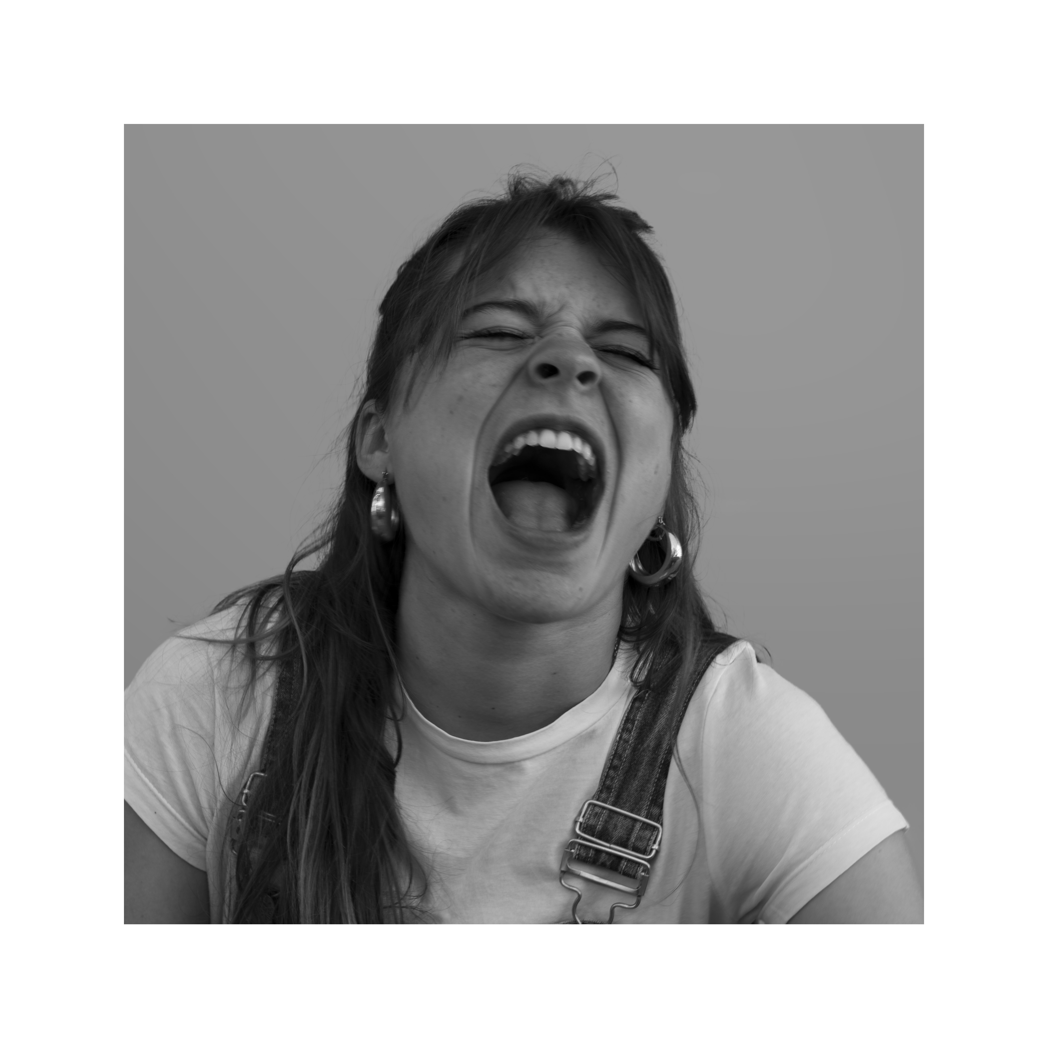 Paula grita