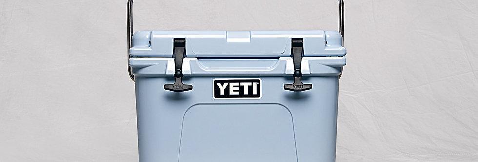 Yeti Roadie 20 Cooler - Blue