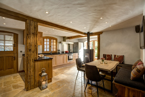 Nordic Lodge Kitchen with fireplace