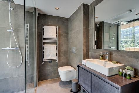 chalet-rytola-chamonix-bathroom2.jpg