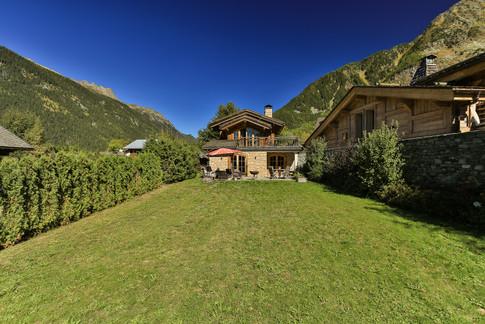 Nordic Lodge garden.jpg