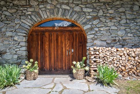 Ferme-du-Bois-entrance-farmhouse.jpg