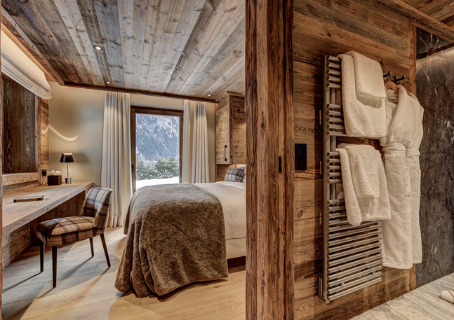 luxury_chalet_saphir_bedroom1.jpeg