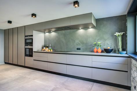 chalet-rytola-chamonix-full-kitchen.jpg
