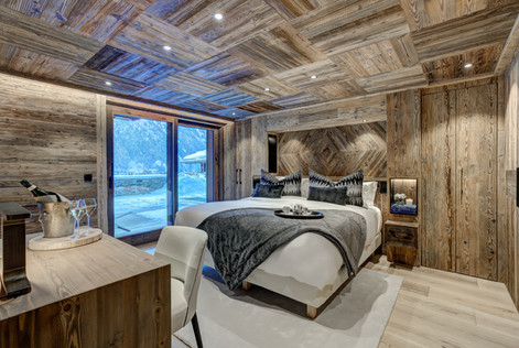 _AJP7639And8more2019-12-outdoor-chalet-s