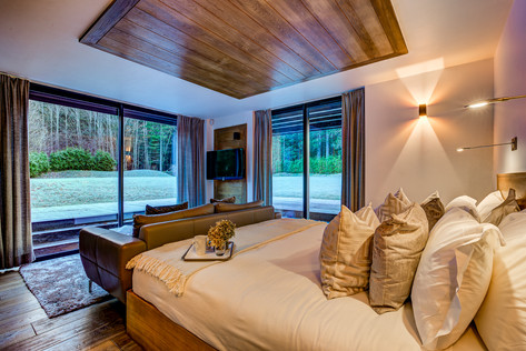 _AJP8596And8more2019-12-outdoor-chalet-s