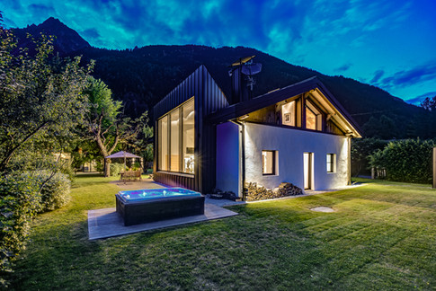 Black Diamond Chamonix outdoor hot tub.jpg.jpg