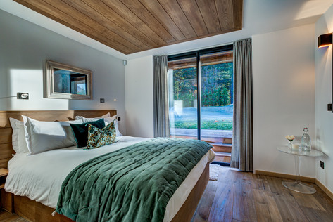 _AJP8443And8more2019-12-outdoor-chalet-s
