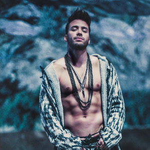 Don't know how well his acting skills hold up but Prince Royce certainly fits the physical envisionment of Efrian Del Toro