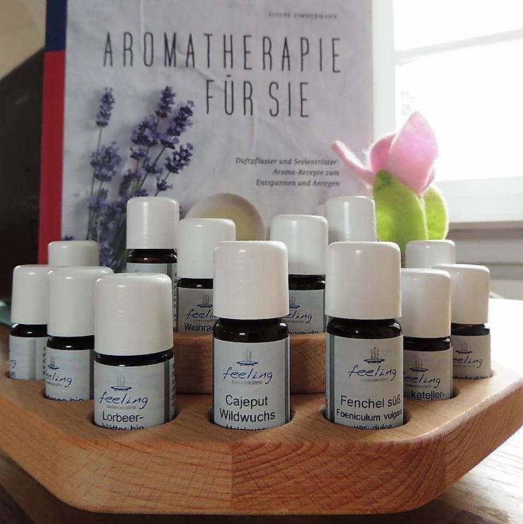 Aromatherapie für Sie, Eliane Zimmermann: ein Buch für Einsteigerinnen in die Aromatherapie, das keine Vorbildung erwartet und sich auch nicht zu lange mit Hintergrundinformationen beschäftigt. # mandala connection #aroma.blog