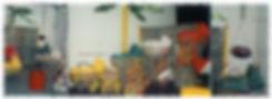 Neue Körbe für die Federwiegen werden am Stand von Lullababy International auf der Kind und Jugend dem Messepuplikum in den Federwiegen vorgestellt.