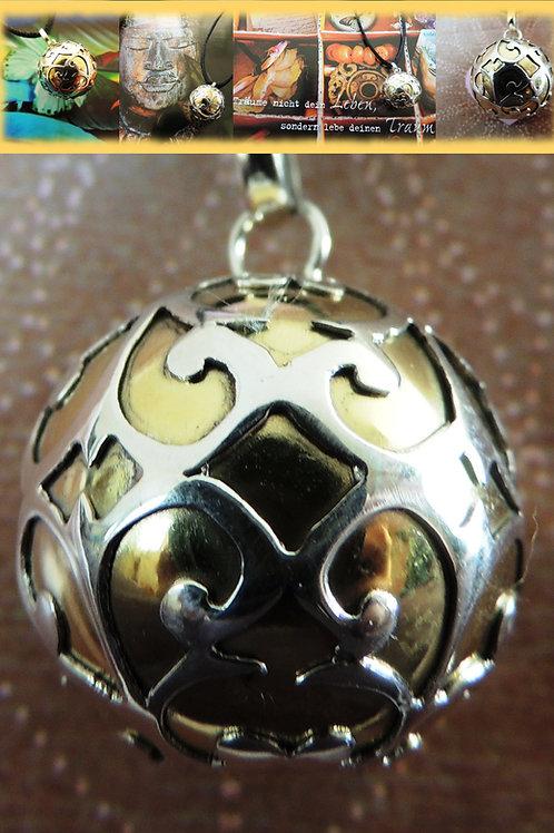 Lullababy® Bola Dreamball ist eine ganz besondere Schwangerschaftsbola ein Mutmacher und ein Schmuckstück in einem