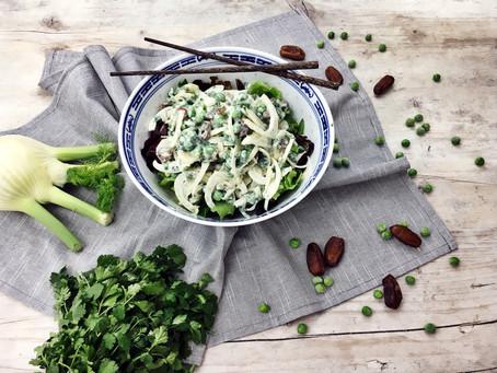 Touch of Asia: Fenchelsalat mit Erbsen, Datteln und Koriander!