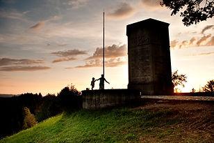 Lueg im Emmental, Denkmal, das Ausflugsziel mit Aussicht.jpg