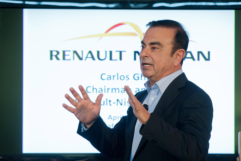 Carlos-Ghosn-REVS_61