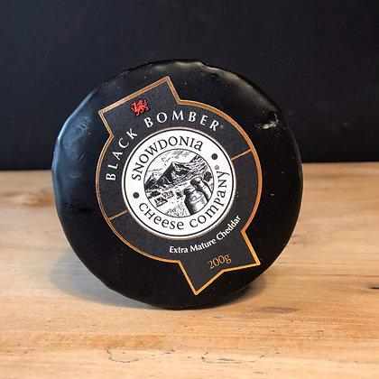 SNOWDONIA BLACK BOMBER MATURE CHEDDAR