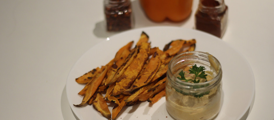 Crispy Sweet Potato Fries and Chipotle Mayo Dip